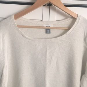 Old Navy Sweaters - Old Navy light weight Sweater